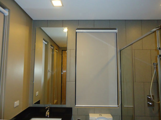 Blackout Roller Blinds for your Bathroom Windows