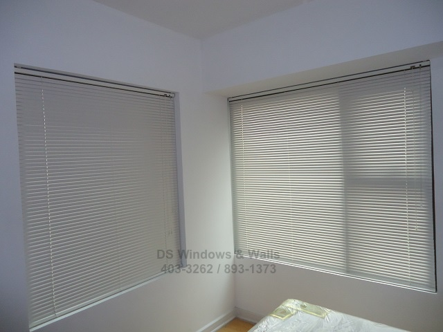 White aluminum blinds San Pedro installation