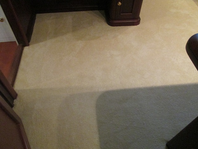 Broadloom Carpet: Condo 102 Cream