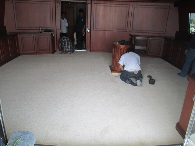 Trimming every edge of the Carpet