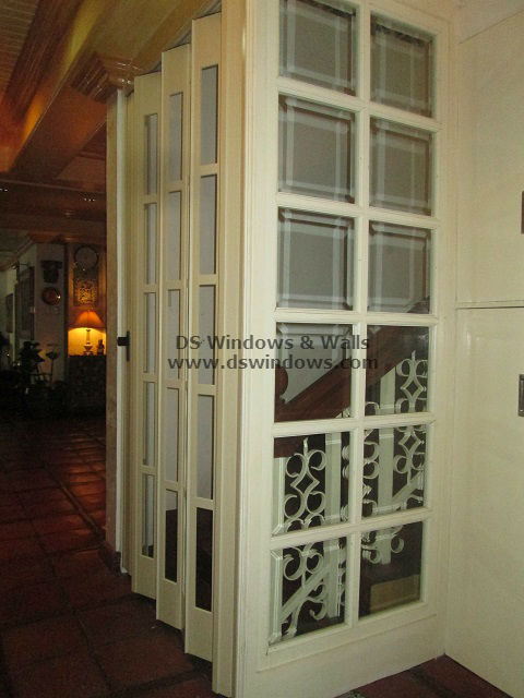 French Type Folding Door As Staircase Door - Rainbow Village, Las Piñas