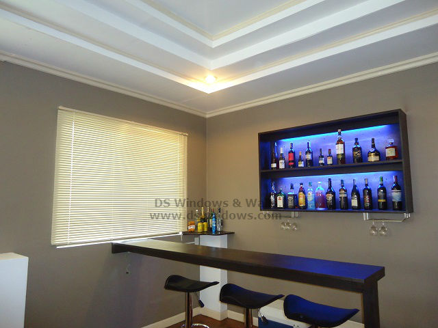 Venetian Blinds Featured At Living Room Mini Bar: Makati City, Philippines