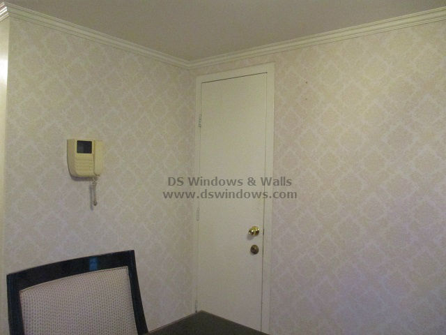 Damask Wallpaper Preserving the Traditional Style of Dining Room - Las Piñas City