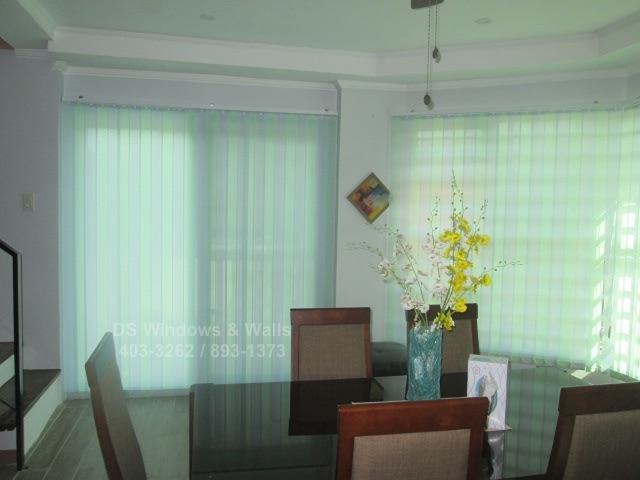 Fabric vertical dining area